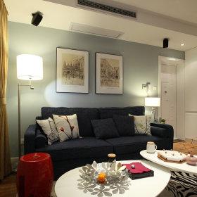 混搭客厅背景墙沙发台灯效果图