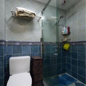 混搭卫生间设计图