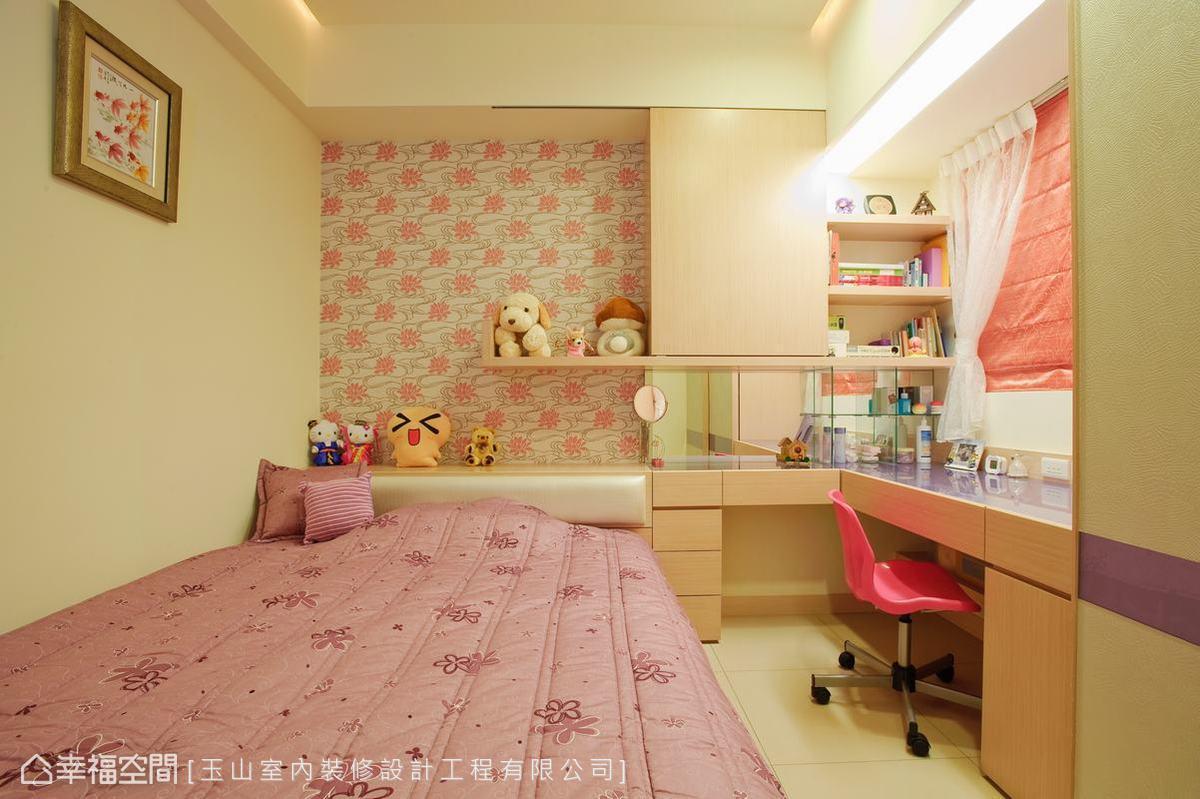 展示卧室一角手绘图