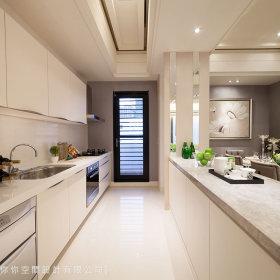 现代简约厨房吊顶装修案例