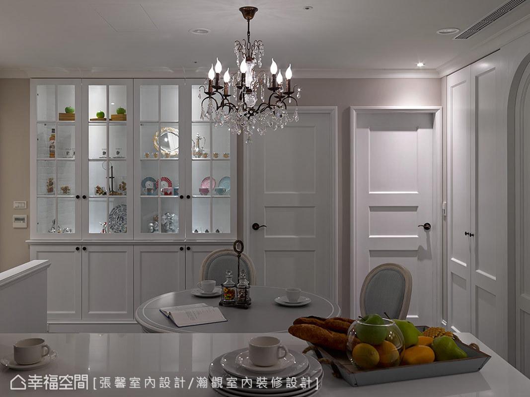 用手绘图提案的美丽餐厅,让屋主大为赞赏,也具体实现这个特殊的餐厅