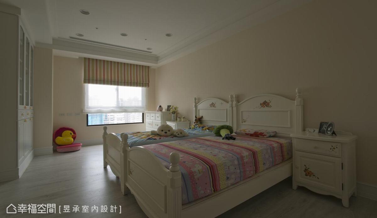 背景墙 房间 家居 起居室 设计 卧室 卧室装修 现代 装修 1200_693