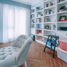 简欧客厅窗帘书柜沙发设计案例展示
