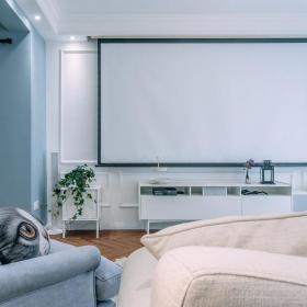 简欧客厅储物柜电视墙装修效果展示