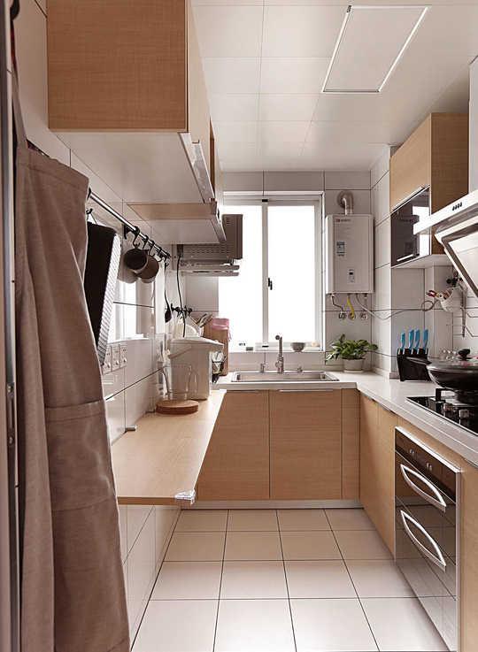 浅米色布纹砖搭配木饰面的橱柜