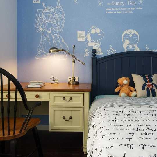 卡通硅藻泥床头背景墙,家具,床品配之,卡通的同时不难看出小孩自己