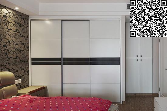 如何选购卧室衣柜   1,材料是基础   板材的厚度是否丰满厚实高度