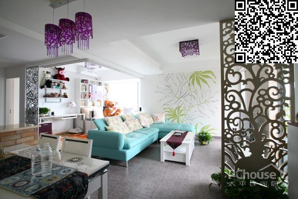 以及墙面上生机勃勃的手绘绿色藤蔓植物