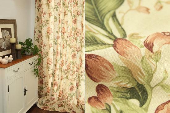 英式田园风格窗帘通常以小碎花为主角,同色系的格子布或者素色布为图片