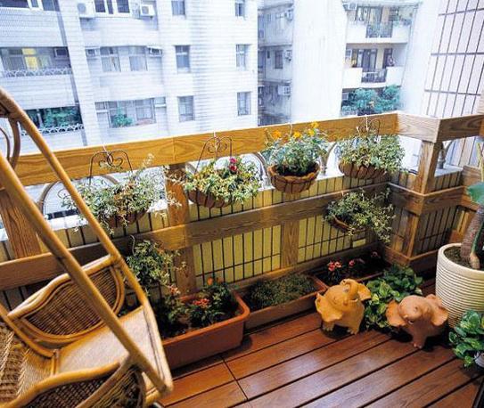 8款木质阳台装修设计 感受清新自然风