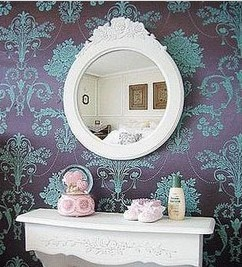 繁复的镜框让浴室的层叠感一下子提升了图片