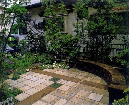 现代中式风格 维护轻松的庭院设计图片