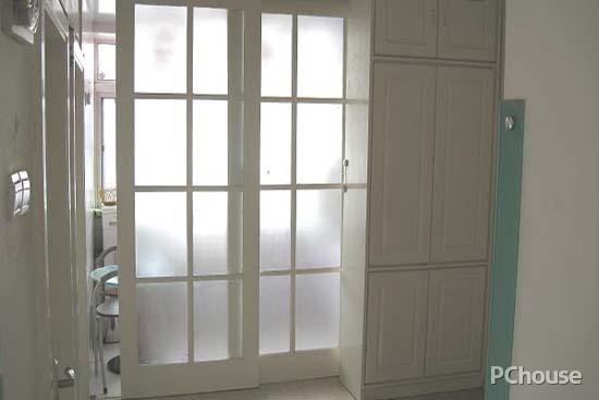 阳台玻璃推拉门尺寸_很多家庭都喜欢在阳台上安装 玻璃 的 推拉门