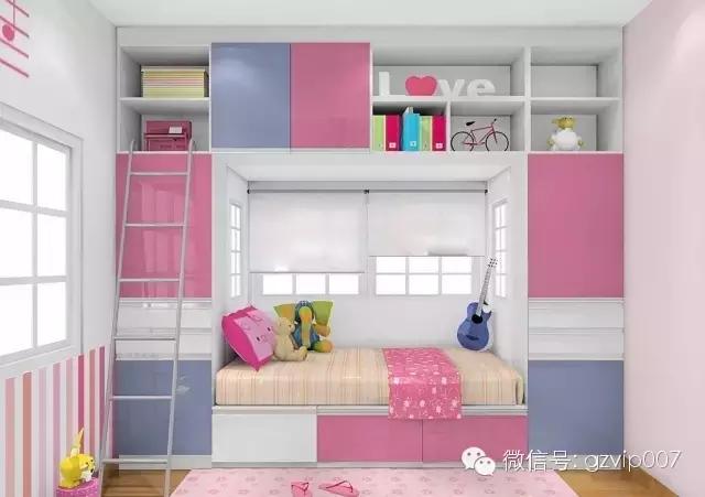 飘窗变书桌多出一处书香小角落   如果家里空间较小,可以将飘窗与图片