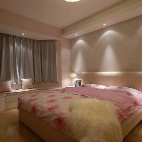 现代简约自然卧室案例展示