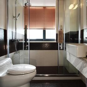 现代简约卫生间装修案例