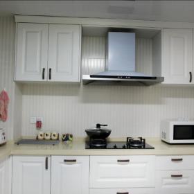 现代简约欧式新古典厨房效果图