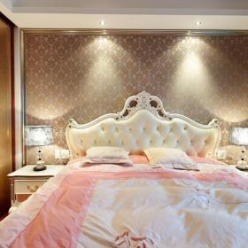 欧式卧室主卧设计图
