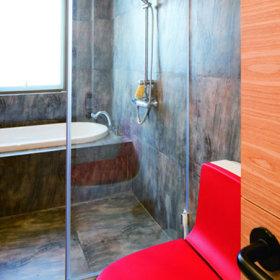 美式混搭卫生间复式楼卫浴效果图