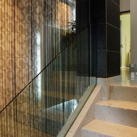 现代过道复式楼楼梯效果图