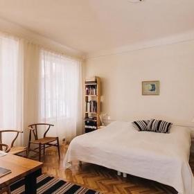 卧室窗帘实木地板木地板装修案例