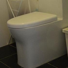 现代简约简约卫生间图片