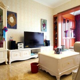 复古客厅电视柜玻璃门装饰品设计图