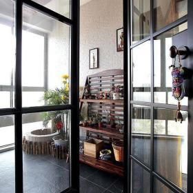 阳台玻璃门花架设计案例展示