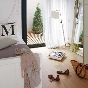 温馨卧室推拉门设计案例