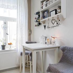 桌子酒架装饰品装修案例