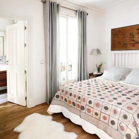 现代卧室射灯设计案例