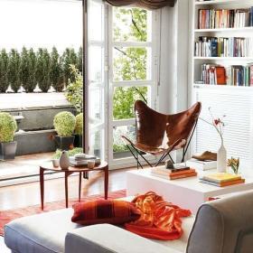 客厅阳台玻璃门设计案例展示