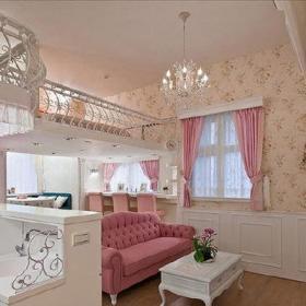 时尚浪漫客厅壁纸水晶吊灯装修效果展示