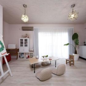 现代卧室榻榻米沙发储物柜懒人沙发沙发垫设计案例