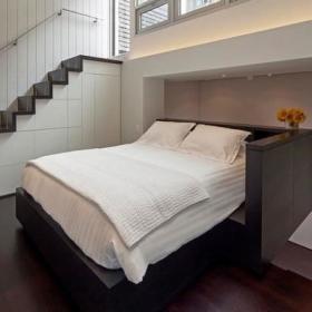 双人床装修案例