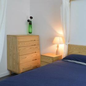 温馨卧室实木家具设计案例展示