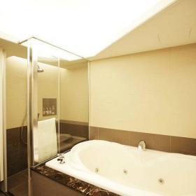现代简约卫生间卫浴装修图