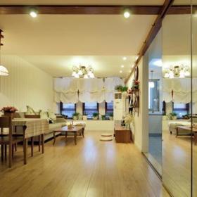 清新客厅木质地板案例展示