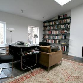 书柜沙发装修效果展示