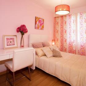 浪漫卧室窗帘装修效果展示