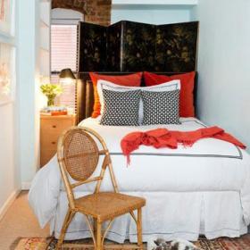 卧室背景墙边柜装修图