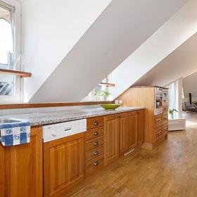 北欧白色瑞典公寓