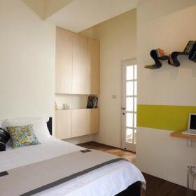 66平混搭风格单身男性公寓主卧室装修效果图
