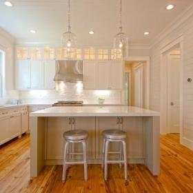 清新厨房木地板设计方案