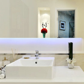 卫浴台盆装修图
