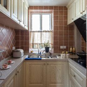 清新厨房桌子储物柜案例展示