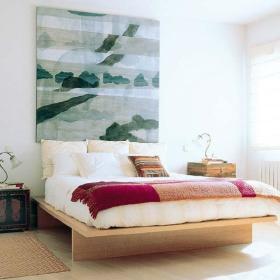 卧室背景墙画框装修效果展示