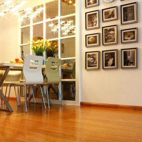 餐厅相框墙设计案例