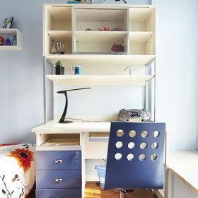 儿童房小书桌设计案例