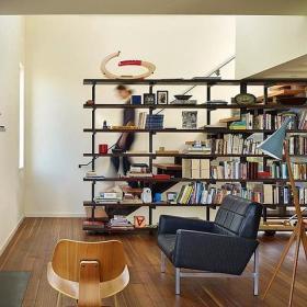 客厅隔断楼梯书架设计图